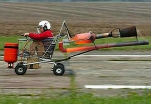 rocket-powered-shopping-cart_5965_530x368